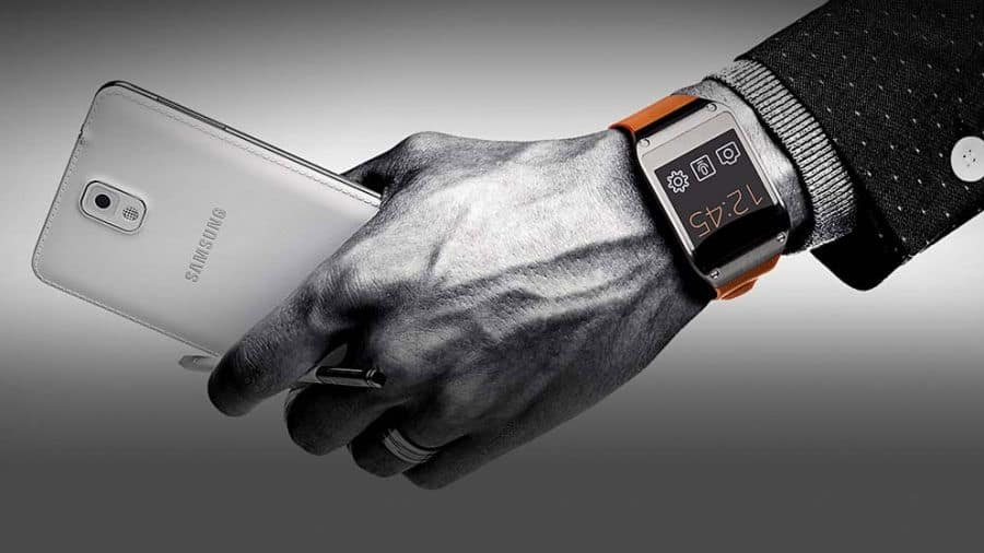 GalaxyGear-Press-01-900-80 'Samsung Galaxy Note 4 komt samen met Gear 3'
