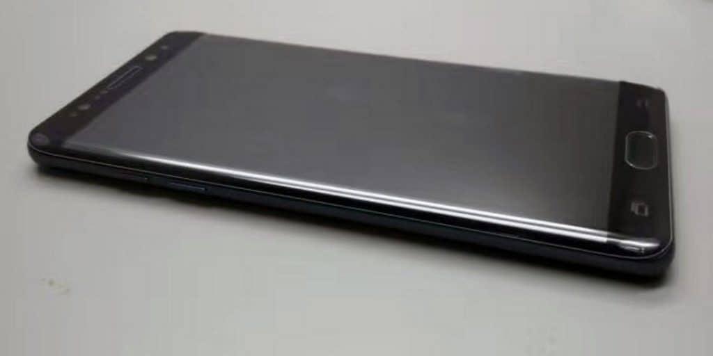 samsung-galaxy-note-7-foto-zwart-1-1024x512 Op de foto: prototype Galaxy Note 7 in het zwart