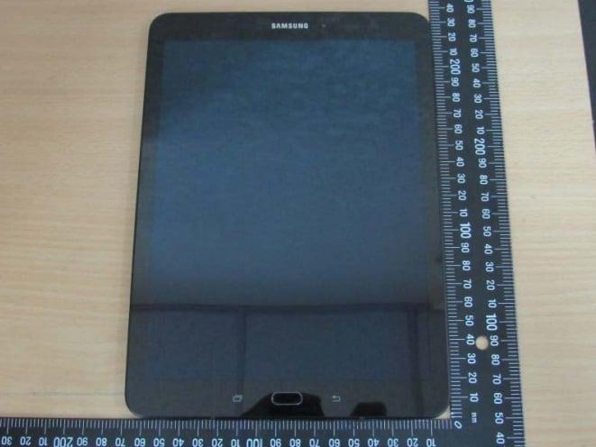 galaxy-tab-s3-voor Foto's Galaxy Tab S3 laten behuizing zien met glas aan de achterkant