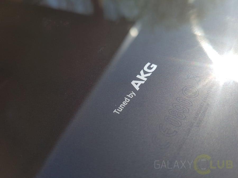 galaxy-tab-s3-akg Vergelijking: Galaxy Tab S3 versus Galaxy Tab S2, de verschillen