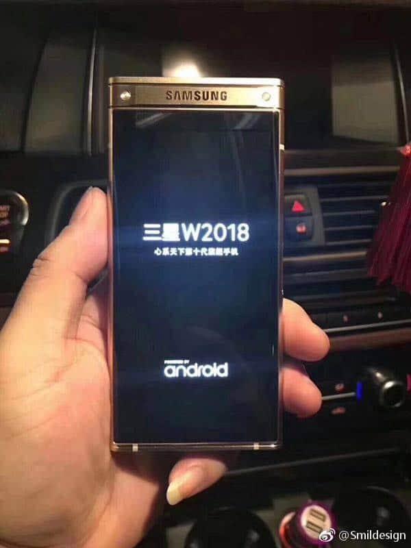 sm-w2018-4 Samsung SM-W2018 te zien op foto's: luxe klaptelefoon voor China