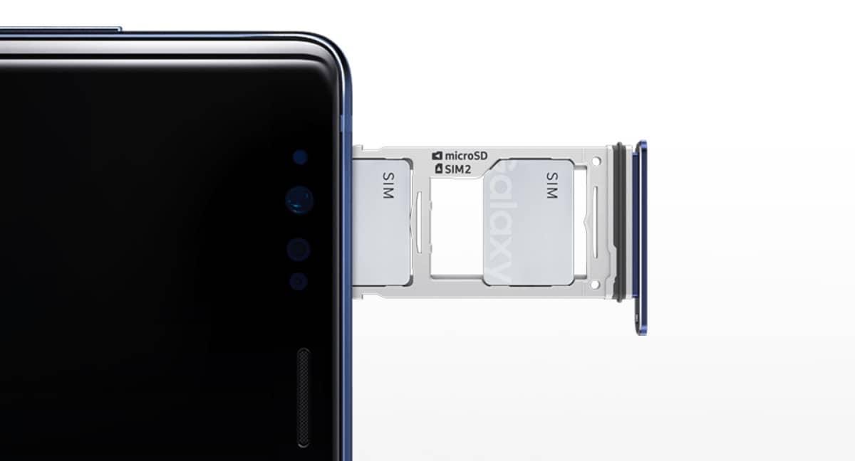 ja de samsung galaxy note 9 is een dual sim telefoon. Black Bedroom Furniture Sets. Home Design Ideas