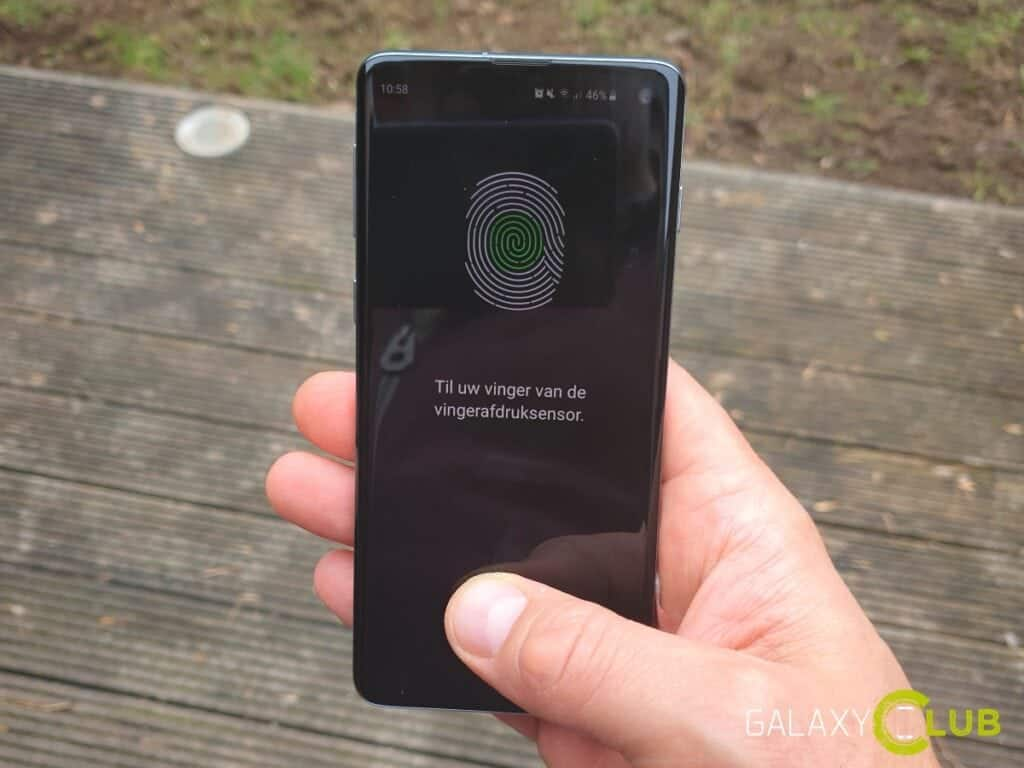 Samsung Galaxy S10 vingerafdruksensor foppen met siliconen protector