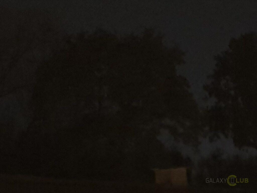 Samsung Galaxy S10 nacht foto auto stand