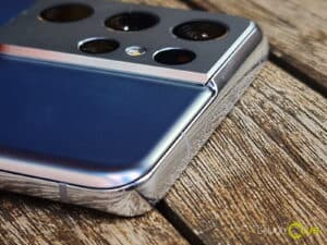 Samsung Galaxy S21 review: design 3
